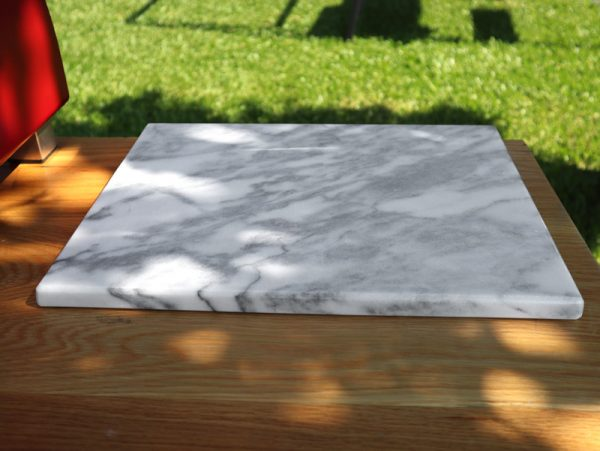 Estremoz marble cutting board - back