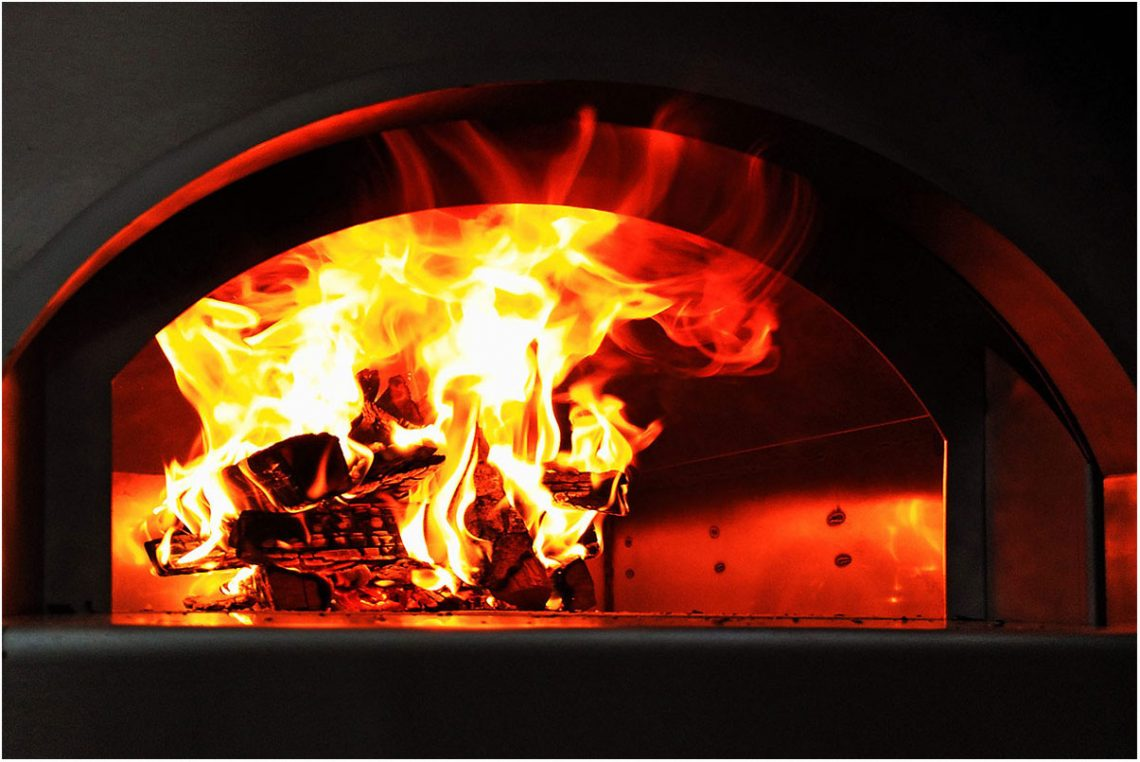 Apogeu wood fired oven